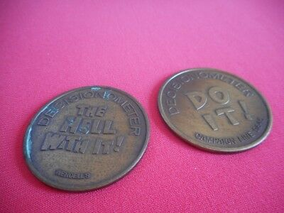 "2 VTG Wendell's ""DECISIONOMETER"" Novelty Decide Flip Tokens DO IT / He** with It"