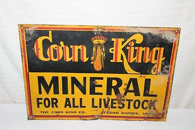 "Vintage 1940's Corn King Mineral Cow Pig Chicken Farm Feed Seed 20"" Metal Sign"