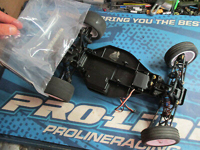Team Associated B4, B4.1 1/10 buggy rolling chassis parts