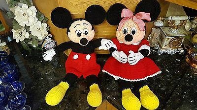 """BIG Adorable HAND CROCHETED Mickey & Minnie Mouse Dolls HUGE 23"""" & 22"""" Tall!"""