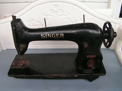 Singer 15-31 Industrial Sewing Machine Head Only