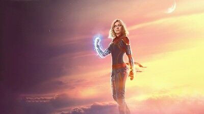 Captain Marvel - Comic Book 2019 Wall Art Large Poster / Canvas Picture Prints