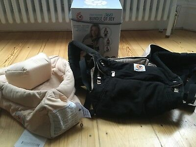 Ergo baby 360 carrier black and camel with newborn insert