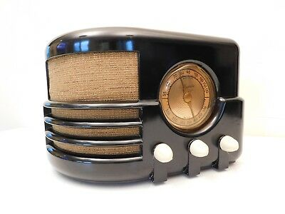 VINTAGE 193Os BEAUTIFUL MAJESTIC MODERNISTIC OLD ANTIQUE BAKELITE TUBE RADIO