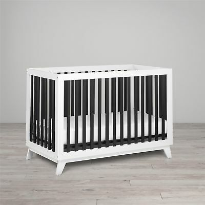 Little Seeds Rowan Valley Flint Crib, White & Black