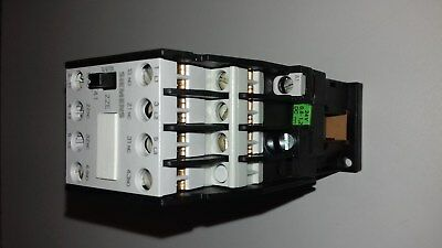 Siemens 3TF41 Contactor 22-0BB4 New Old Stock Boxed