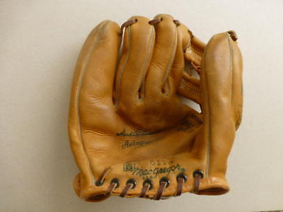 Vintage Brook Robinson Autograph Model 1963 MacGregor G114 Baseball Glove USA