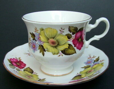 1990's Gainsborough Summer Flowers Pattern 200ml Tea Cups & Saucers Look in VGC