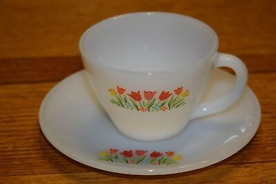 VINTAGE 1960's Anchor Hocking FIRE KING Milk Glass CUP & SAUCER Tulip Flower