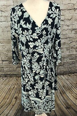 A PEA IN THE POD Maternity Sz M Navy Blue Print 3/4 Sleeve Wrap Dress Medium
