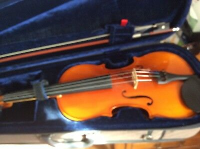 violin 4/4 full size virtually unused
