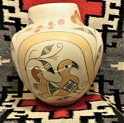 """VINTAGE 1940-50s  HAND COILED ACOMA PUEBLO PARROT OLLA  9 1/2"""" x 8 1/2"""""""