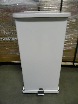 Rubbermaid Commercial Defender 24 Gallon Square Steel Quiet Step Can Sky White