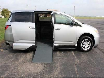 2012 Honda Odyssey Wheelchair Accessible Handicap Van ide Entry,Lowered Floor. Removable Front Seat.(WE TAKE TRADES,BUY VANS,FINANCE)