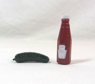Heinz Pins PICKLE and KETCHUP BOTTLE Collectible Plastic