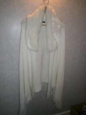 White Knitted Shawl with fur collar - perfect for brides