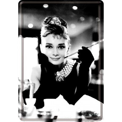 Nostalgic Art – Blechpostkarte 10 x 14 cm - Audrey Hepburn - Holly Golightly