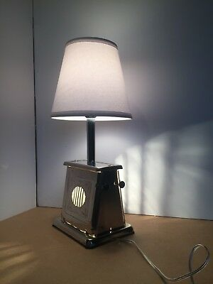 Vintage 1920's cutout design toaster lamp with 2 bulbs