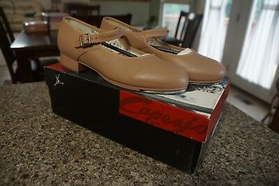 Capezio Mary Jane Tap Shoes BRAND NEW size 8M