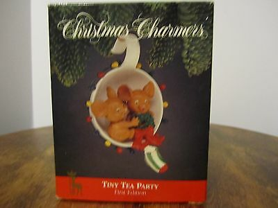 Tiny Tea Party Mice in tea cup Christmas Charmers FIRST EDITION NIB!!