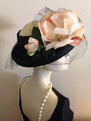 1940's Stunning Vintage Straw, Open Crown, Gorgeous Roses, Wonderful Condition ~