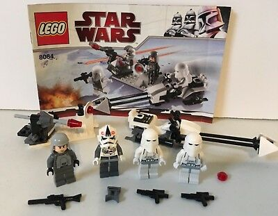 LEGO STAR WARS   8084  Snow Trooper Battle Pack  (complete)