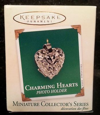 Hallmark Ornaments - CHARMING HEARTS - PHOTO HOLDER #1 - Dated 2003