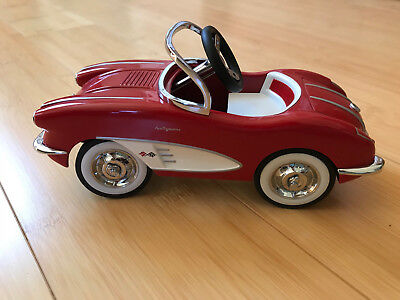Hallmark Kiddie Car Classics Red 1958 Custom Corvette Ltd Ed. #QHG7112
