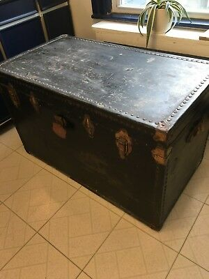 Vintage Trunk/Chest/Coffee Table