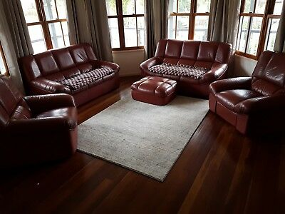 King Furniture Leather Lounge Suite 5 Piece With Recliner 490 00