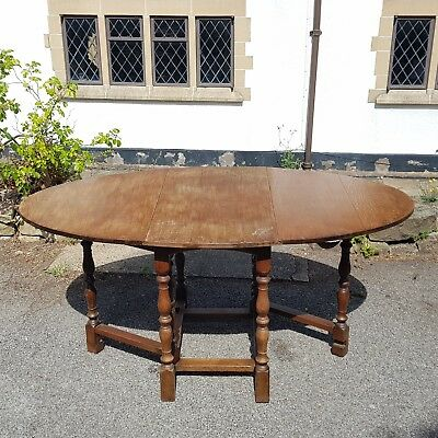 An Antique/Vintage Oak Gateleg Dining/Kitchen Table Rustic or Farmhouse Style