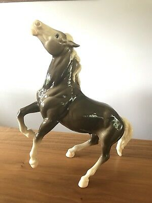 Breyer Traditional Diablo #88 Glossy Charcoal & White Semi-Rearing Mustang Nice