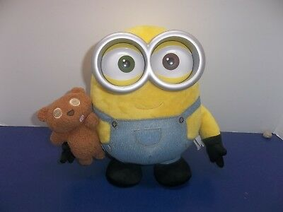 Despicable Me Thinkway Toys Talking Jointed Arms Minion Bob Holding Teddy Bear