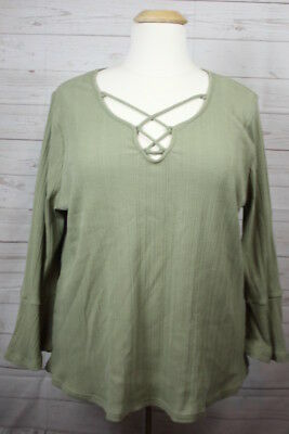 c20a19b392b B Skies Are Blue Olive Green Bell Sleeve Plus Size Stretch Top Stitch Fix  NWT 3X