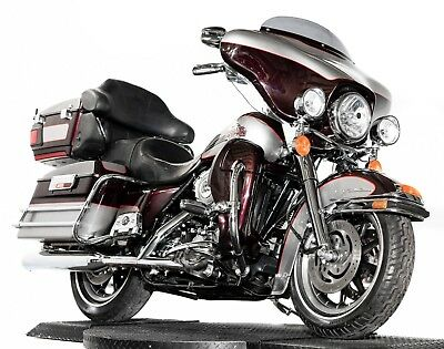 2007 Harley-Davidson Touring  2007 Harley Davidson Electra Glide Ultra Classic Two-Tone All Chrome Many Extras