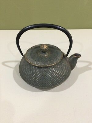 Japanese cast iron tea pot kettle, Preowned