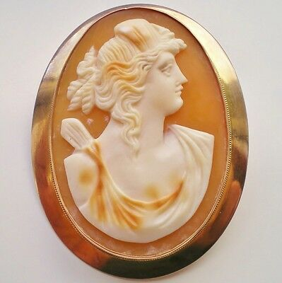 Charming Antique Victorian 9ct Gold Cameo Brooch of the Goddess Diana c1900