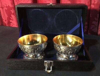 Pair Of Vintage Antique English Victorian Silverplate Salts Dishes Original Box