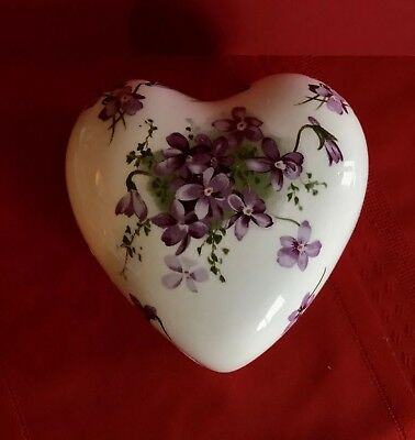 VICTORIAN VIOLETS HEART Shape Trinket Box HAMMERSLEY Bone China England Lovely