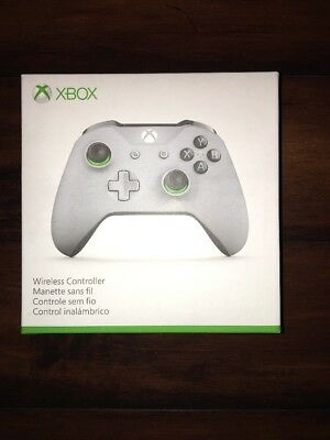 Microsoft - Xbox Wireless Controller - Gray and Green