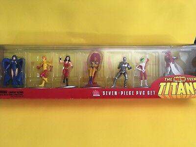 Dc Direct New Teen Titans 7 Piece Pvc Action Figure Set. New In Box!