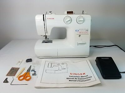 SINGER AUTOMATIC SEWING Machine Model 40 Foot Pedal 40 Stitch Cool Singer 1120 40 Stitch Function Sewing Machine