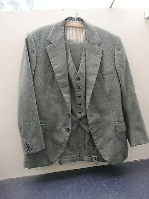 Bespoke genuine vintage 3 piece wool suit with satin lining  authentic fastening