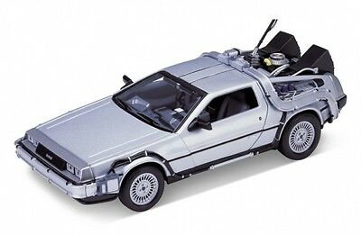 Back to the Future 1 Diecast Delerean Time Machine 1:24 Welly 124434