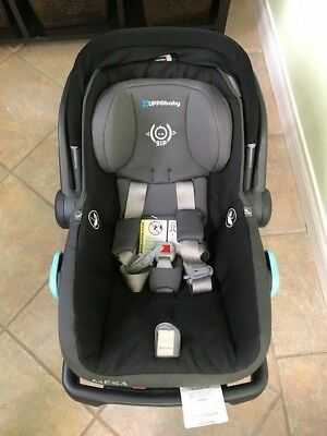 2016 UPPAbaby MESA Infant Car Seat With Base
