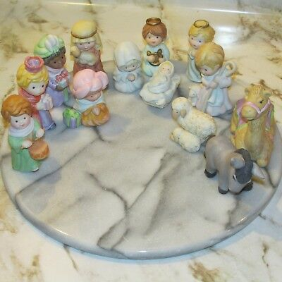 Avon Heavenly Blessings 13 Piece Nativity Collection 1986 Handpainted Porcelain
