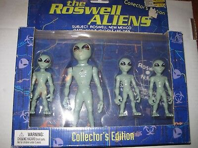 The Roswell Aliens-Collector's Edition-Rare 1996 Street Players