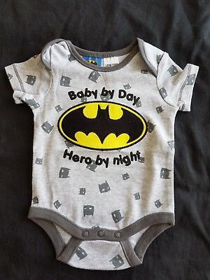 Boys new BATMAN romper size 000