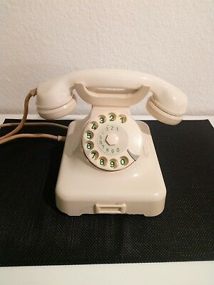 Retro - Vintage - Altes Post Telefon W48a in Elfenbein/Funktioniert -von 08/1964
