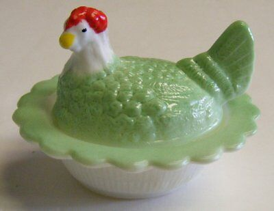 Mosser Usa Small Hen On Nest Covered Salt Cellar Dip Celery Green W/ Red Comb